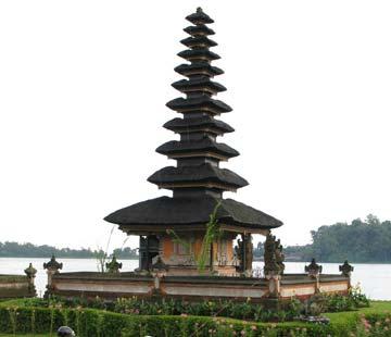 temple-on-lake-3